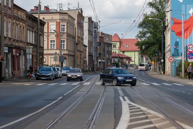 Z powodu oszczędności bydgoskie władze odkładają m.in. przebudowę ulicy Nakielskiej