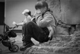 Skala przemocy wobec dzieci przeraża. Siniaki nie zawsze widać. Przemoc jest różna!