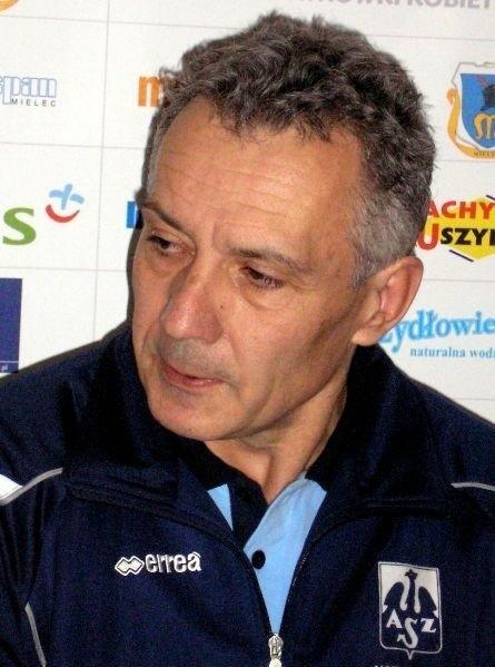 Lalek nie jest już trenerem PTPS Piła.