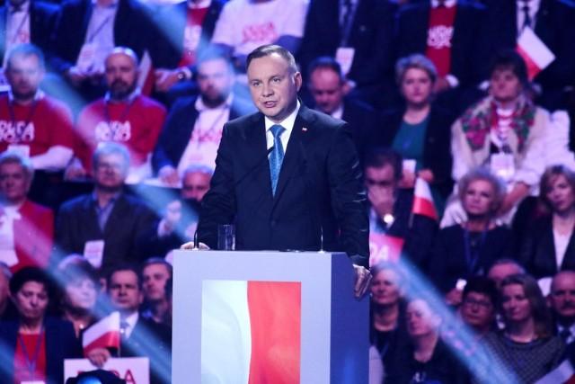 Według sondażu prezydent Duda zdobyłby w Wielkopolsce blisko 36 proc. głosów, czyli o ponad pięć punktów procentowych mniej, niż w ogólnokrajowym wyniku sondażu.Przejdź do następnego zdjęcia ----->