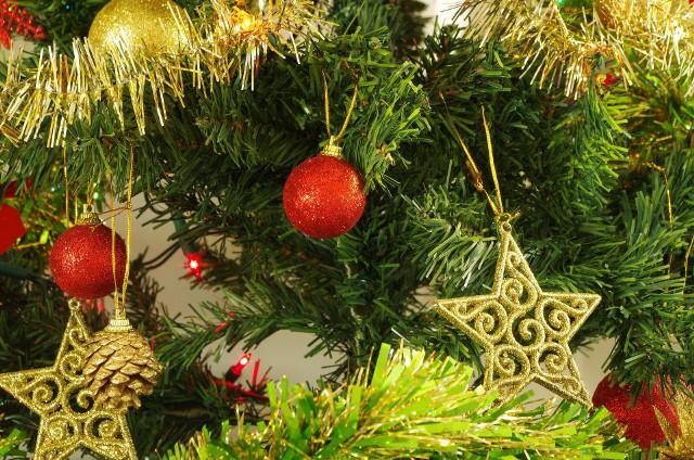 Życzenia świąteczne SMS: Wierszyki, łańcuszki, śmieszne, poważne, dla rodziny [NAJŁADNIEJSZE ŻYCZENIA ŚWIĄTECZNE]