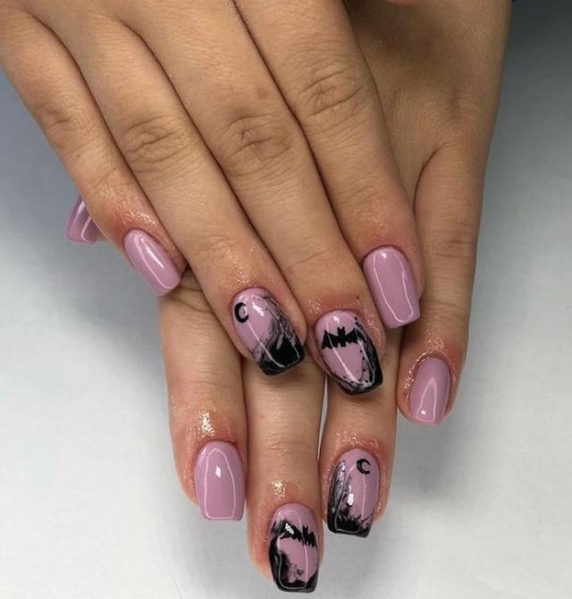 Pozwól, aby Halloween zagościło również na Twoich paznokciach! Upiorny manicure na święto duchów. Oto propozycje stylizacji na Halloween