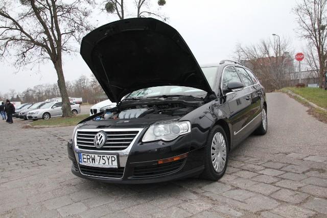 VW Passat, rok 2008, 1,9 diesel, cena 16 800zł