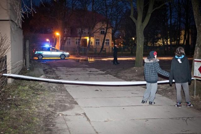 W tej chwili patrole policji zabezpieczają teren w pobliżu browaru.
