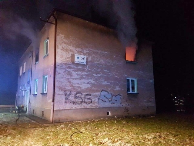 Pożar w Rybniku: Spaliło się mieszkanie w dzielnicy Boguszowice