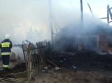 Panigródz: Tragiczny pożar stodoły - mężczyzna - dach okazał się śmiertelną pułapką dla mężczyzny [ZDJĘCIA]