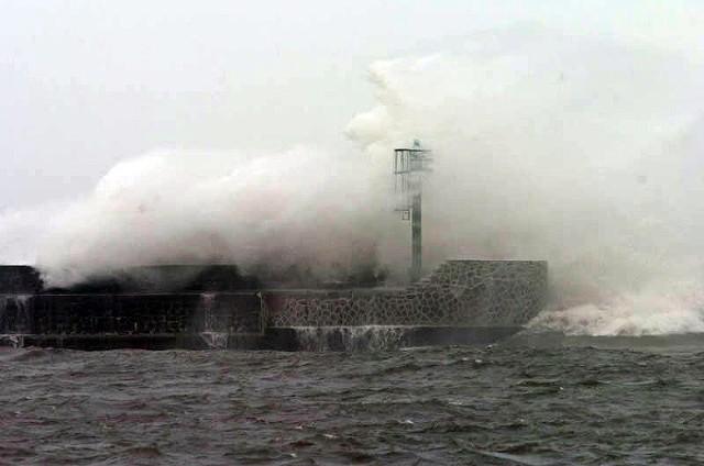 Ostrzeżenie przed silnym wiatrem na Pomorzu 8.11.2015