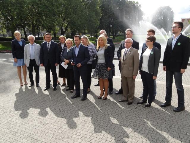 Zjednoczona Lewica zaprezentowała swoich kandydatów w Poznaniu