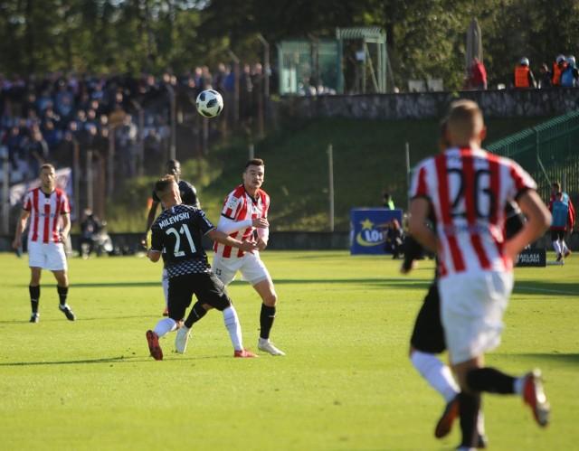 W pierwszym meczu między tymi zespołami Zagłębie zremisowało z Cracovią 1:1