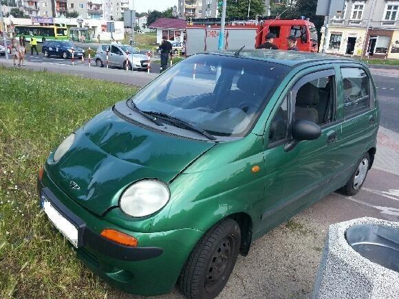 Kierowca daewoo matiz potrącił pieszego