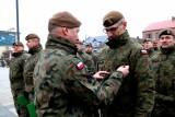 Brańsk. Przysięga wojskowa  1 Podlaskiej Brygady OT. Mianowanie absolwentów pierwszego kursu podoficerskiego SONDA (zdjęcia)