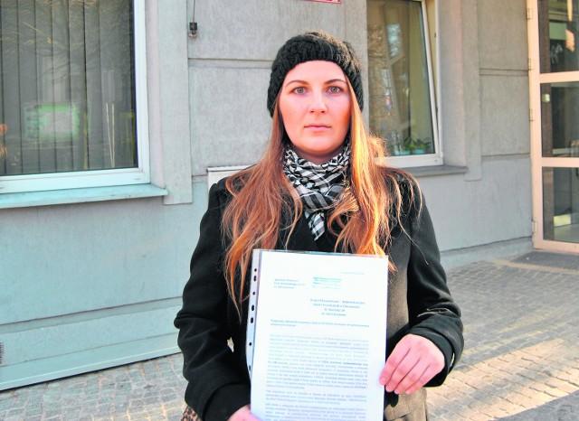 Agnieszka Chwastarz czuje się oszukana przez burmistrza Chrzanowa. Obiecał jej pomoc, a teraz każe kobiecie iść do sądu