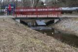 Problem śmieci w Strudze Toruńskiej wciąż jest aktualny - po majówce znów trzeba będzie sprzątać