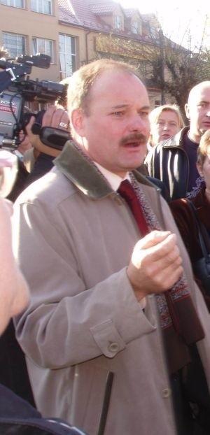 Od decyzji wojewody zależy, czy Stanisław Małachwiej będzie nadal pełnił obowiązki burmistrza.