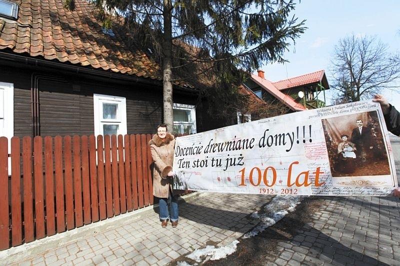 Ewa Drozdowska zapowiada, że baner powiesi wkrótce na swoim...