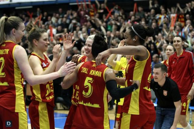 Czy w środowy wieczór koszykarki Ślęzy Wrocław będą się cieszyć ze złotego medalu Basket Ligi Kobiet?