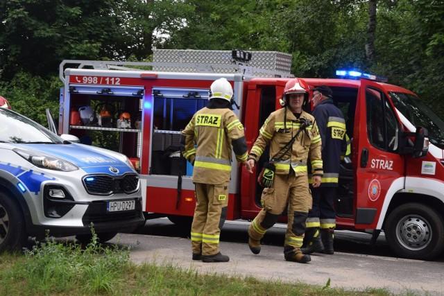 Policjanci z toruńskiej komendy poszukują sprawców czynnej napaści na funkcjonariuszy Państwowej Straży Pożarnej, do jakiej doszło 18 września tego roku przy ul. Batorego 62 w Toruniu.
