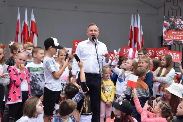 Andrzej Duda spotkał się z mieszkańcami Suwałk na ostatniej prostej przed drugą turą wyborów prezydenckich