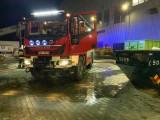 Pożar w Hucie Szkła Orzesze. Strażacy ewakuowali 19 pracowników. Straty mogą być milionowe