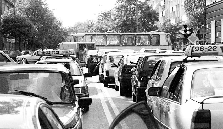 Samochody 15 lat temu. Czym jeździliśmy?