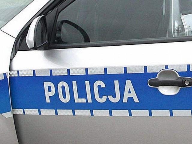 Policja poszukuje świadków potrącenia pieszego na pasach oraz sprzeczki między mężczyzną a kobietą.