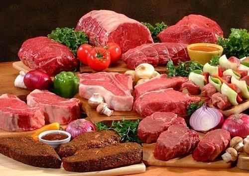 Zapłacimy więcej za mięso i wędliny Drożeją mięsa i wędliny.