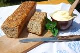 Domowy chleb razowy bez zakwasu Koła Gospodyń Wiejskich [PRZEPIS]
