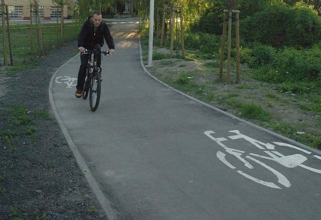 Oficer brałby udział nie tylko w projektowaniu nowych ścieżek rowerowych, ale także w ich budowaniu. Doglądałby także obecnej infrastruktury i to nie tylko rowerowej.