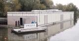 Nowy dom na wodzie we Wrocławiu. Będzie edukacja ekologiczna i leżaki z żagli
