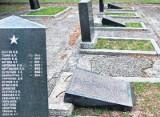 Zatrzymano sprawców dewastacji radzieckich grobów (aktual.)