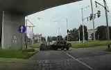 Wypadek na placu Społecznym we Wrocławiu. Tak do niego doszło (NAGRANIE)