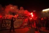 Włochy: protesty przeciwko obostrzeniom, tysiąc euro za złamanie kwarantanny i przymusowa hospitalizacja zakażonych