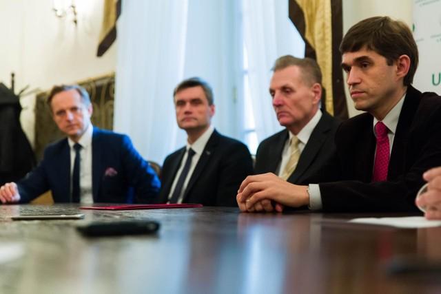 Na zdjęciu profesorowie (od lewej): Marcin Moniuszko, Adrian Chabowski, Marek Wojtukiewicz oraz Karol Kamiński, którzy publikują w najlepszych naukowych czasopismach