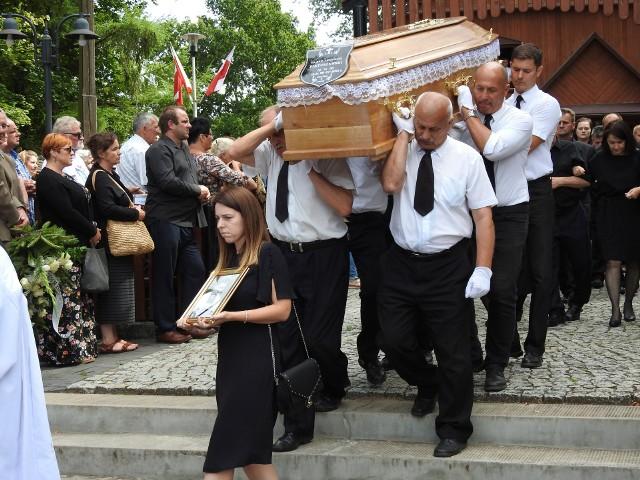 Ks. Arkadiusza Pietuszewskiego pożegnały tłumy