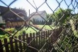Rekordy popularności biją działki rekreacyjne i rodzinne ogródki działkowe, domki holenderskie i drewniane oraz przyczepy kempingowe