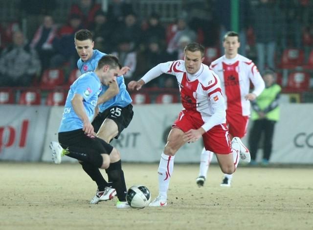 Kibice liczą na zwycięstwo piłkarskiej drużyny ŁKS
