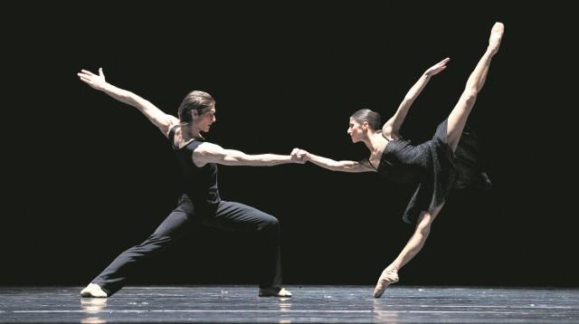 """""""Moving Rooms"""" w choreografii Krzysztofa Pastora, kierującego od 2009 roku Polskim Baletem Narodowym"""