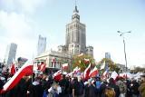 """Koronawirus w Polsce: """"Marsz o wolność"""". Antycovidowcy razem z kibolami protestują w całej Polsce [ZDJĘCIA]"""