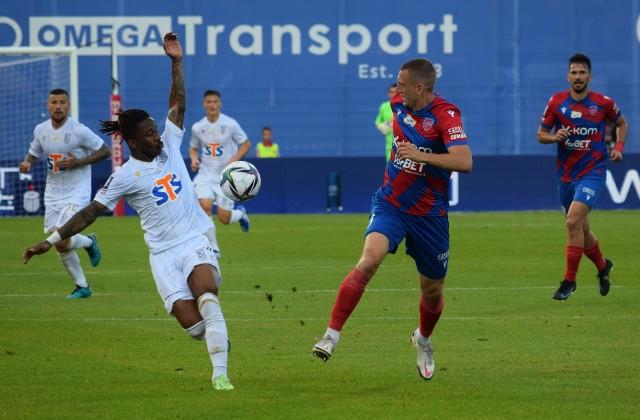 Adriel Ba Loua w meczu z Rakowem Częstochowa dostał 71 minut.
