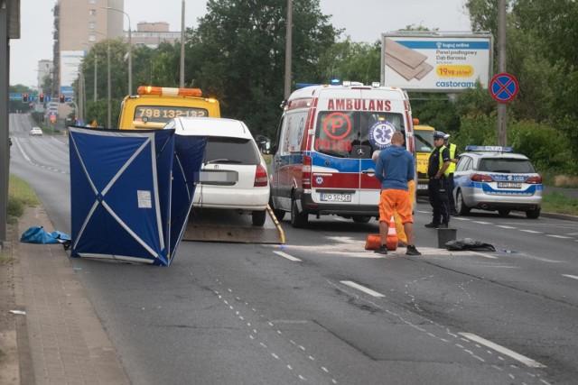 W pierwszym półroczu na poznańskich ulicach doszło do 342 wypadków samochodowych i 5354 kolizji. Zginęło 15 osób. Do tego w 81 wypadkach z udziałem pieszych śmierć poniosły trzy osoby