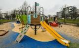 W Bydgoszczy trwa wielkie pozimowe sprzątanie ulic, chodników, placów zabaw i miejskich terenów zielonych