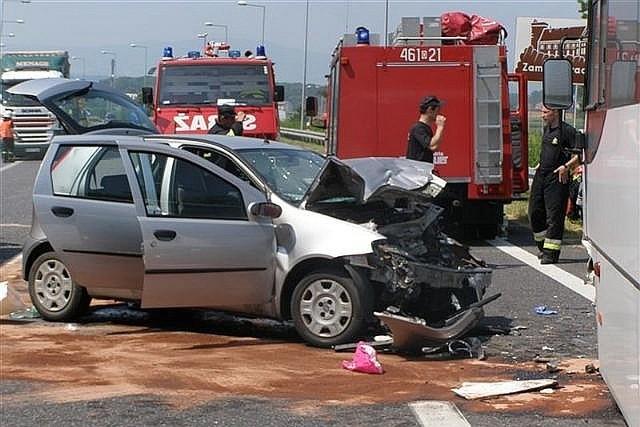 Do wypadku doszło około 11 na drodze krajowej nr 46.