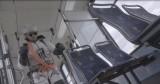Kraków. Andrzej Bargiel na nartach w tramwaju w ramach kampanii Fundacji Autyzm Up [ZDJĘCIA, WIDEO]