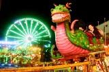Winobranie 2020. Lunapark nocą: Krzyki, śmiech i adrenalina! Tak wiruje i bawi się Zielona Góra