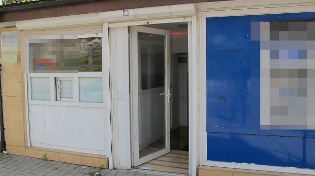 Wieliczka: nielegalny salon gier hazardowych działał w lokalu reklamującym się jako kafejka internetowa