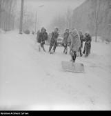 Meteorolodzy zapowiadają nowy atak zimy! Nadchodzą intensywne opady śniegu, opady marznące i silny mróz. IMGW wydał ostrzeżenie