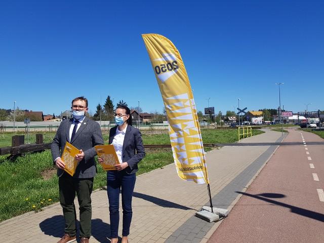 Przedstawiciele Polski 2050 Podlaskie chcą rozwoju infrastruktury kolejowej w województwie podlaskim. Wnioskują również o przyspieszenie budowy przystanków na linii kolejowej nr 37 Białystok - Zubki białostockie.
