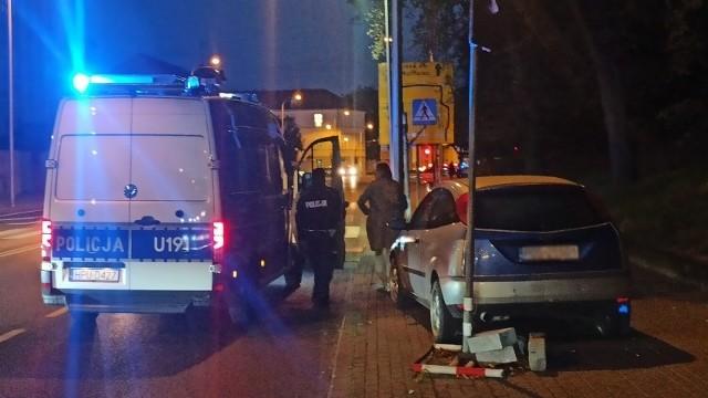 Kierowca próbował odjechać, ale wszystko widziała przejeżdżająca właśnie policjantka kaliskiej komendy.