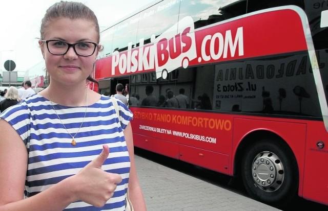 - Jeżdżę z tym przewoźnikiem przede wszystkim ze względu na tanie bilety i bardzo komfortowe warunki podróżowania - mówi pani Agnieszka, która często podróżuje między Kielcami a Warszawą.