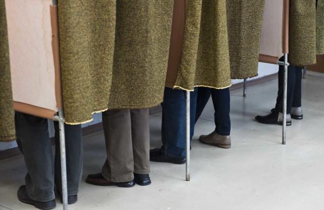 W gminie Brzeżno aż w sześciu okręgach wyborczych nie było niedzielnego głosowania na radnych. Zgłoszeni  kandydaci nie mieli kontrkandydatów i mandatu mogli być już pewni przed wyborami.